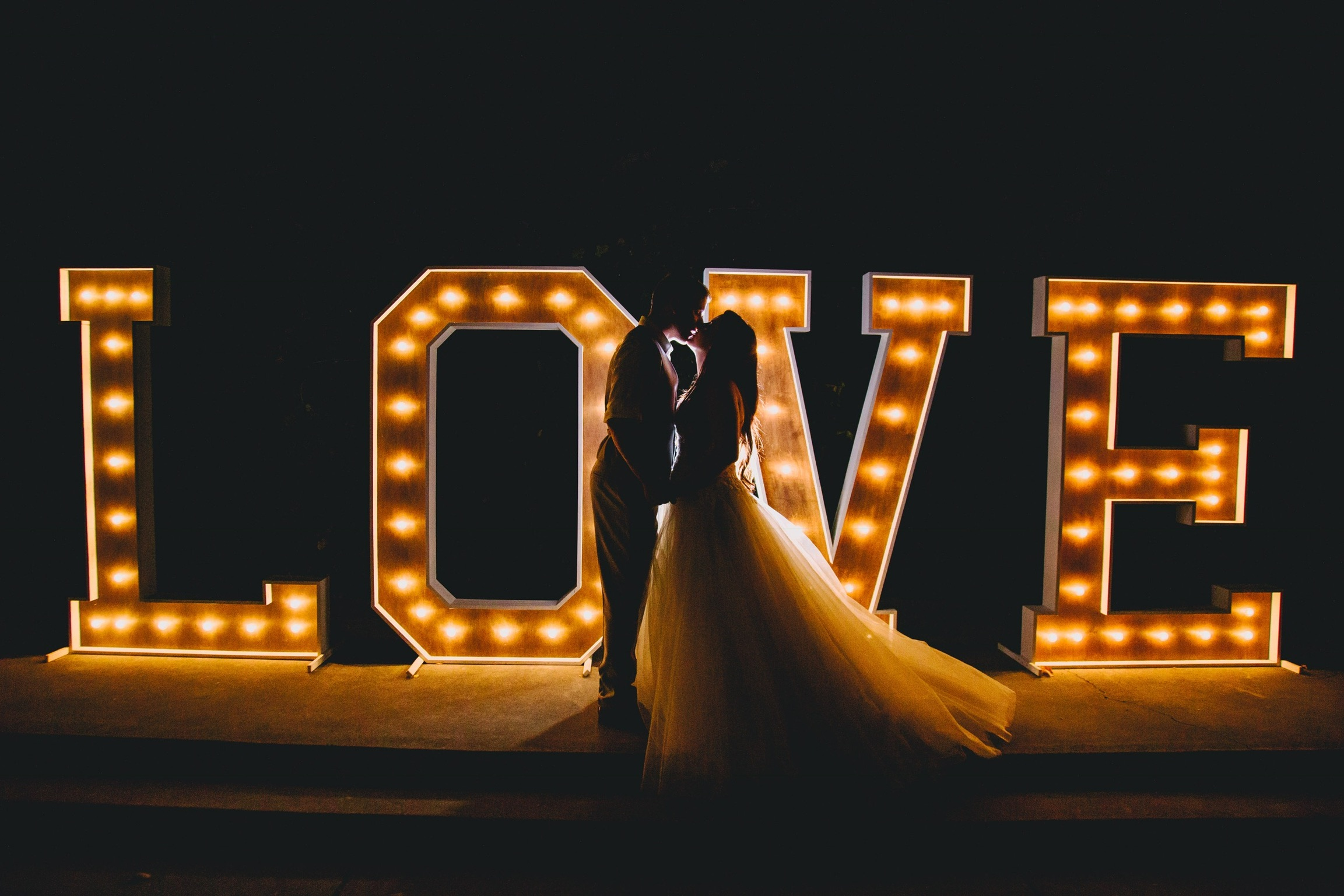 Large Marquee Love Sign Light Up Letters Sacremento Rental