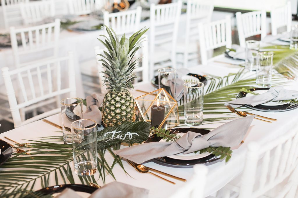 tropical theme 30th birthday chic party ideas table decor centerpieces modern