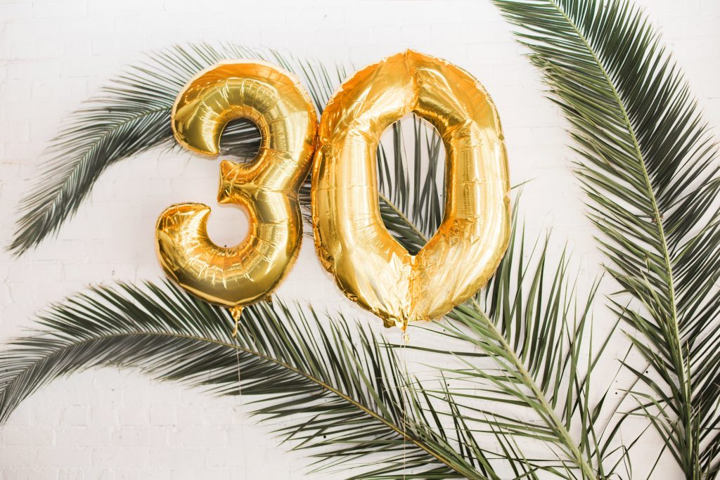 tropical theme 30th birthday chic party ideas 30 foil balloons mylar