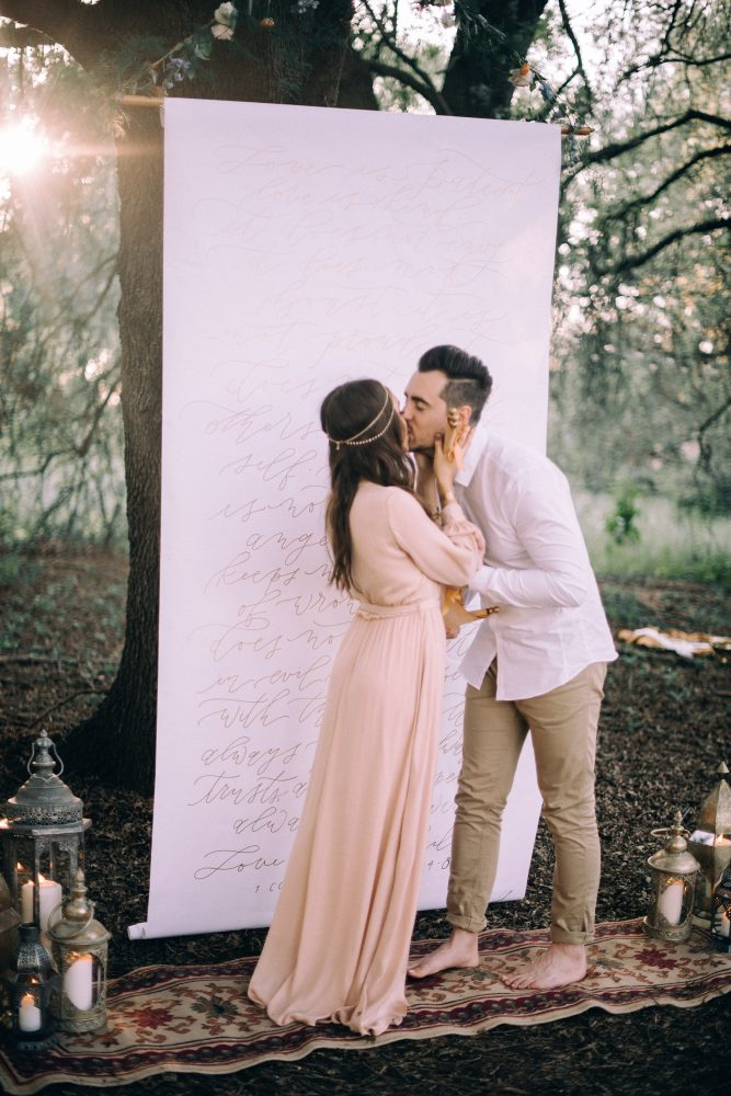 bohemian wedding boho dress style decor ideas backdrop ceremony