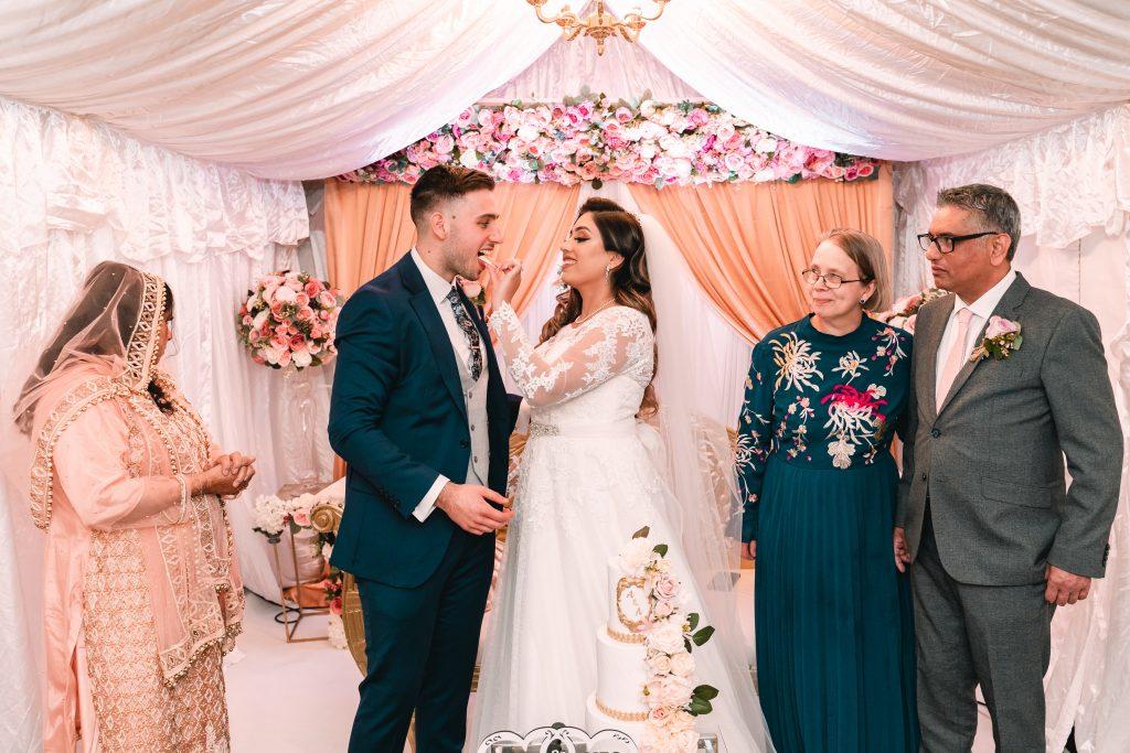 nikkah wedding cake